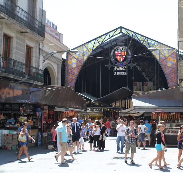 Die berühmte Markthalle La Boqueria in Barcelona