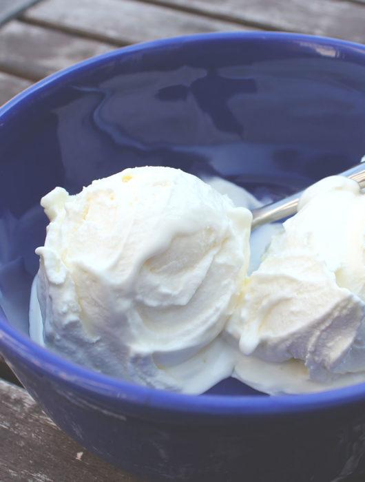 Rezept für cremiges Cheesecake-Eis nach Lebovitz | kalt angerührt und ohne Ei! | moeyskitchen.com