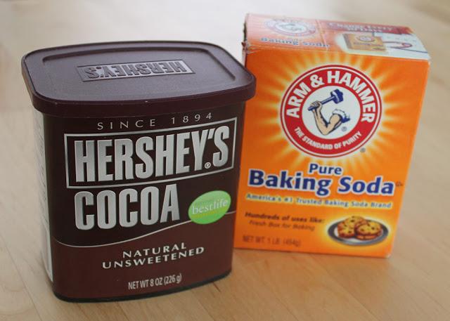 amerikanisches Kakaopulver und Baking Soda