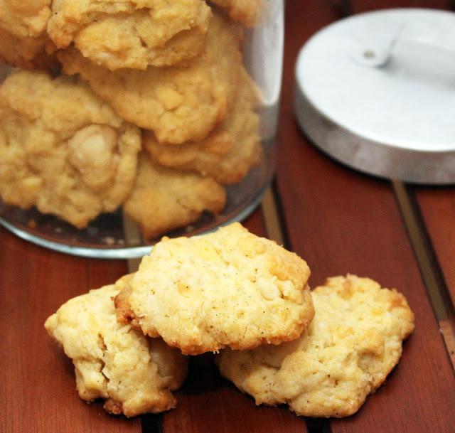 frische Macadamia-weiße-Schokolade-Kekse