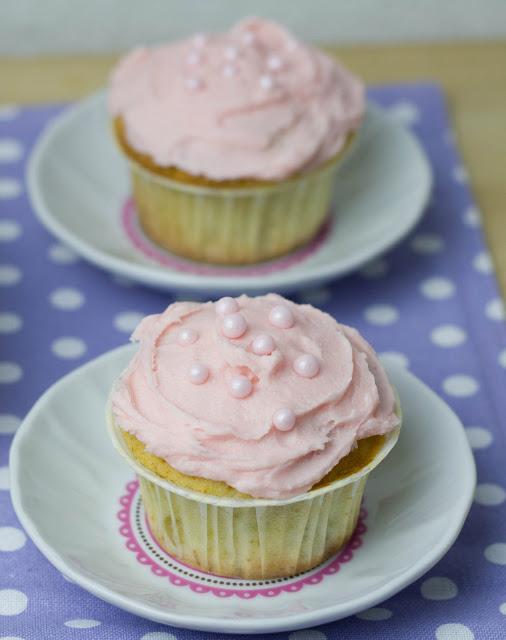zartrosa Rhabarber Cupcakes