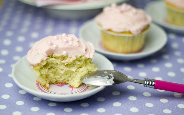 saftige Rhabarbercupcakes