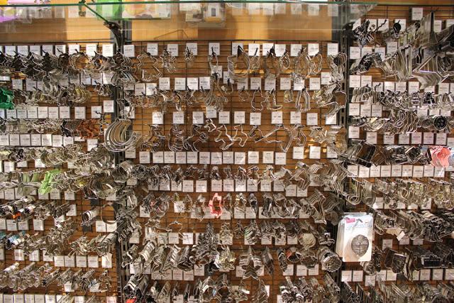 die Auswahl an Keksausstechern im Handelshaus Laegel