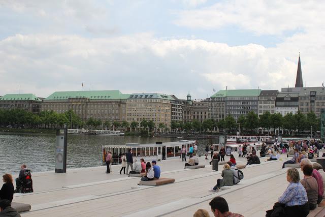 an der Binnenalster im Zentrum von Hamburg