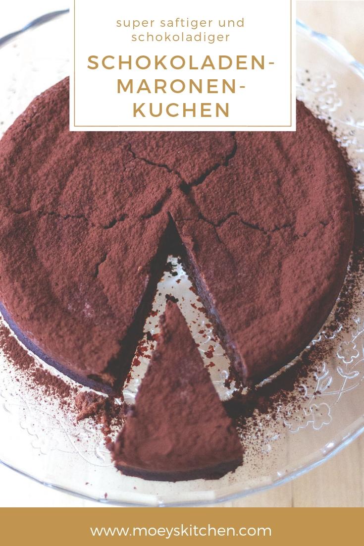 Rezept für herb-saftigen und extra schokoladigen Schokoladen-Maronen-Kuchen | moeyskitchen.com #schokoladenkuchen #backen #kuchen #foodblogger