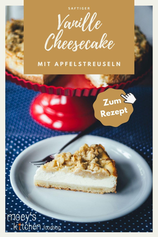 Rezept für Vanille-Cheesecake mit Apfelstreuseln | typisch amerikanischer Käsekuchen mit saftigen Mürbeteig-Streuseln mit geriebenen Äpfeln | moeyskitchen.com #cheesecake #käsekuchen #vanillecheesecake #mürbeteig #streusel #äpfel #apfelkuchen #backen #rezepte #kuchen #kuchenbacken #herbstrezept #rezept #foodblog #foodblogger #rezepte