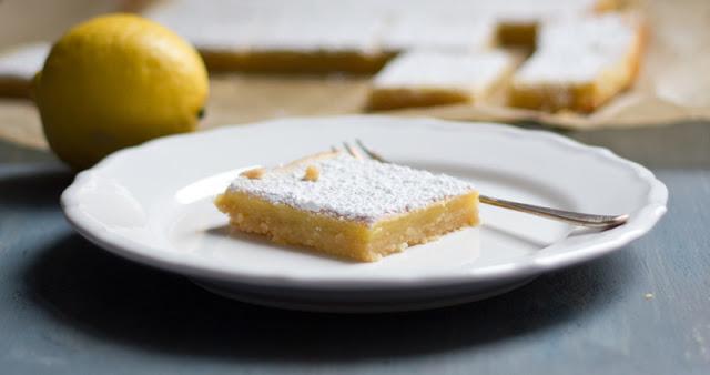 Rezept für Lemon Square Bars - saftige Zitronenschnitten