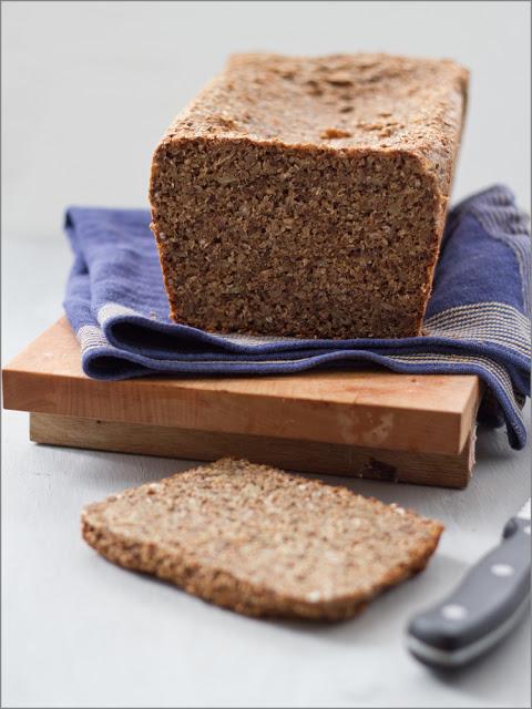Rezept für selbst gebackenes saftiges Vollkornbrot