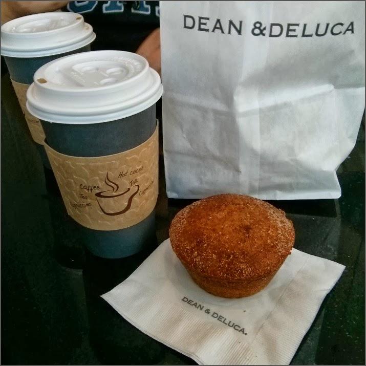 Dean & Deluca, New York Times Building, Manhattan, New York, USA, Muffin, Kaffee, Frühstück, Café