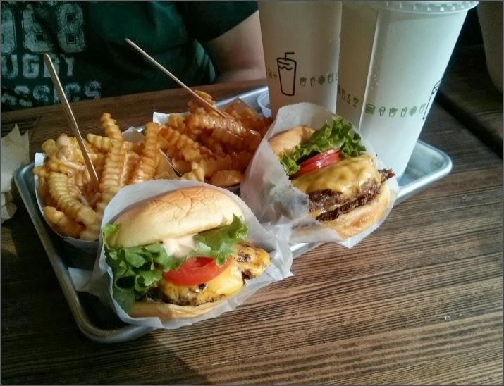 Shake Shack, Burger, Hamburger, Manhattan, 8th Ave, New York, USA