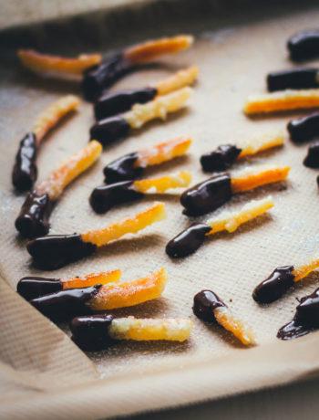Rezept für selbst gemachte kandierte Orangenschale mit Schokolade | einfach und schnell | moeyskitchen.com #orangenschale #kandierteorangenschale #schokolade #rezepte #foodblogger