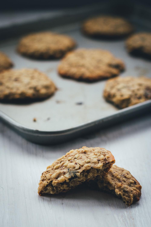 Rezept für Granola-Cookies | Mein Müsli der Woche | chewy Müsli-Kekse mit Cranberries zum Mitnehmen für den Snack zwischendurch | moeyskitchen.com #granola #müsli #knuspermüsli #muesli #cookies #selbstgemacht #homemade #kekse #backen #foodblogger #rezepte #frühstück #snacks #breakfast #cranberries