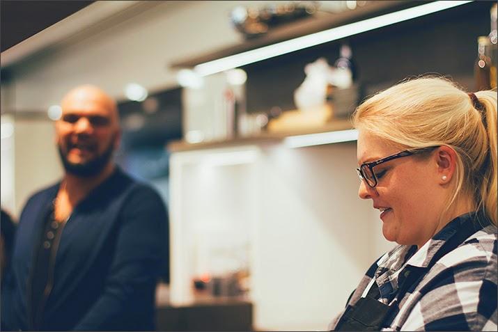 Maja von moey's kitchen und Patrick, Retail Manager Europe und Blogger von Ich machs mir ... einfach