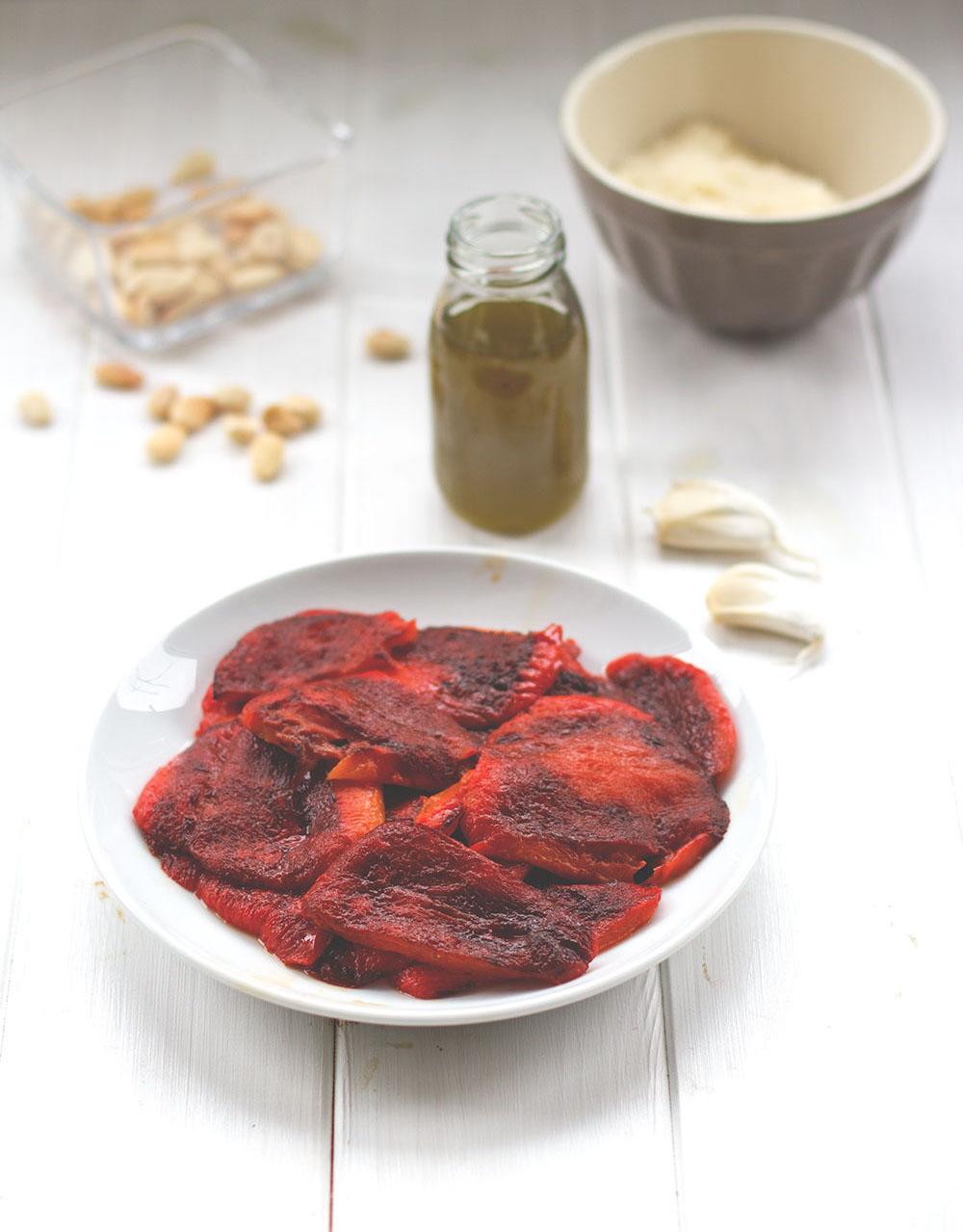 Rezept für leckeres Paprika-Pesto mit gerösteter Paprika und geräuchertem Paprikapulver