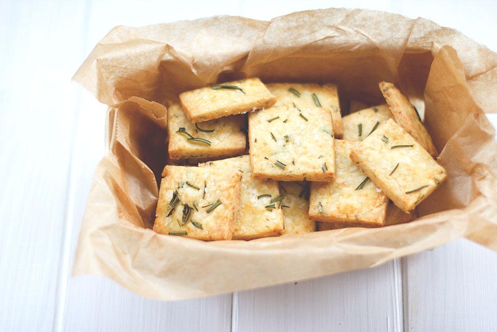 Rezept für herzhaftes Shortbread mit Cheddar und Rosmarin