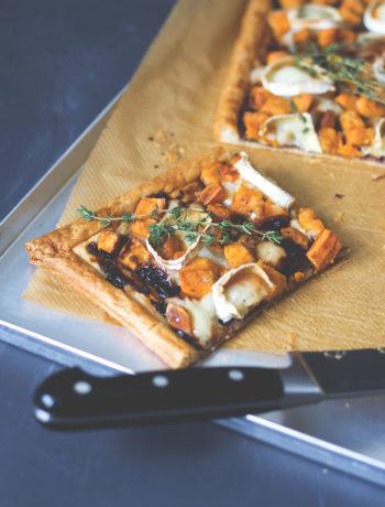 Rezept für Süßkartoffel-Tarte mit geschmorten Zwiebeln und Ziegenkäse | moeyskitchen.com