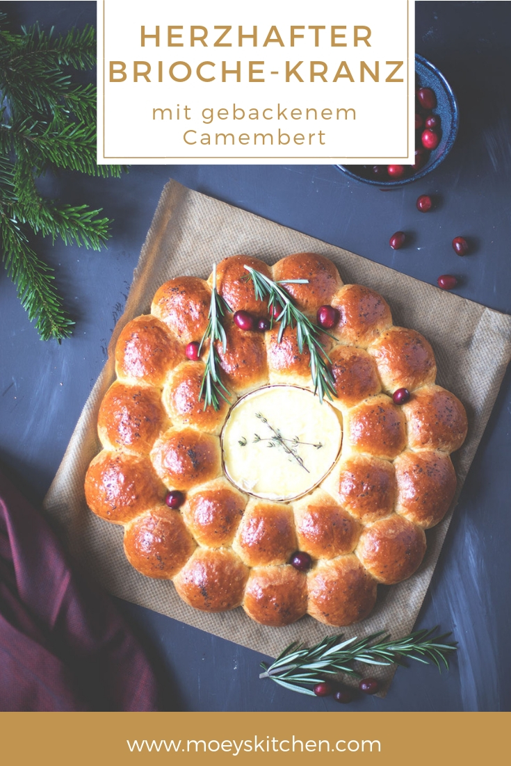 Rezept für herzhaften Brioche-Kranz mit gebackenem Camembert | moeyskitchen.com #brioche #camembert #brot #vorspeise #snack #rezepte #foodblog