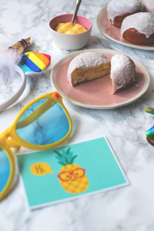 Rezept für Berliner mit einer Creme-Füllung aus Batida de Coco und Maracuja (Werbung) | moeyskitchen.com