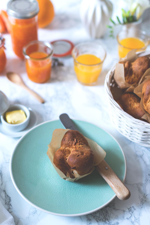 Rezept für schnelle Quark-Brötchen | Foodblogger-Osterbrunch | moeyskitchen.com