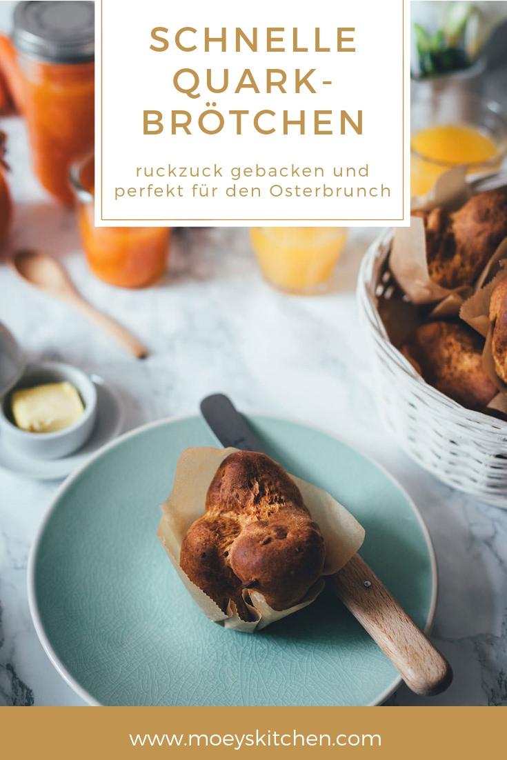 Rezept für schnelle Quark-Brötchen | leckeres Gebäck fürs Sonntagsfrühstück oder den Osterbrunch | schnell angerührt und gebacken | moeyskitchen.com #quarkbrötchen #brötchen #sonntagsfrühstück #osterbrunch #ostern #rezepte #foodblogger