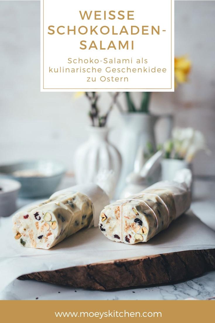 Weiße Schokoladen-Salami ist die perfekte Geschenkidee zu Ostern! Kulinarische Geschenke aus der Küche eignen sich super für das Osterbuffet | Schoko-Salami mit weißer Schokolade, Früchten und Nüssen | moeyskitchen.com #schokosalami #geschenkausderküche #ostern #osterbrunch