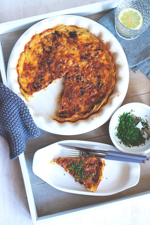 Werbung: Zwiebel-Speck-Quiche mit Kartoffelboden und Bergkäse | Villeroy & Boch: So schmeckt Freundschaft | moeyskitchen.com