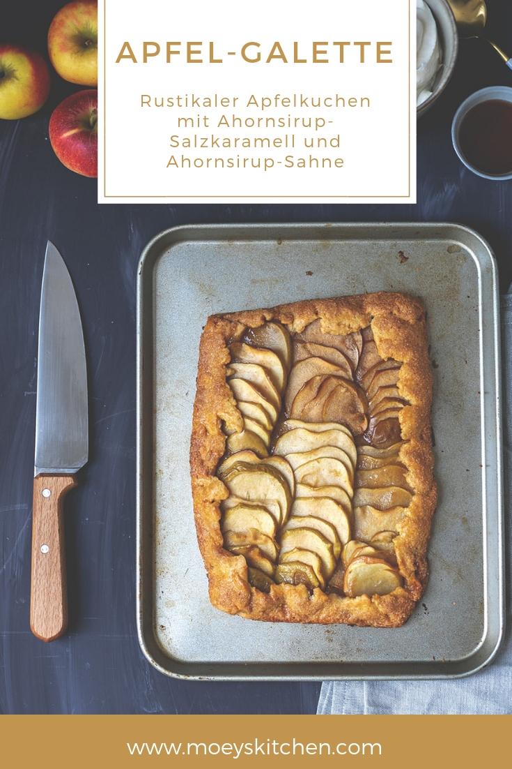Rezept für rustikale Apfel-Galette mit Ahornsirup-Salzkaramell und Ahornsirup-Sahne | moeyskitchen.com #apfelkuchen #rezept #foodblogger