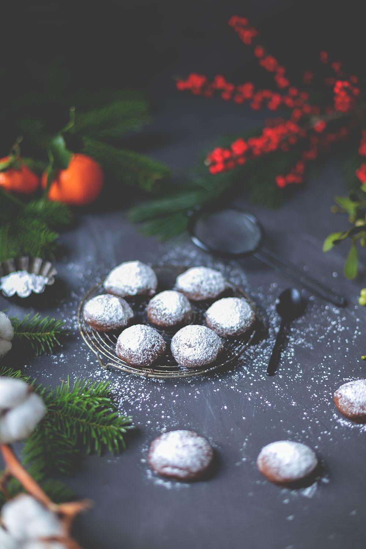 Rezept für schnelle Espresso-Walnuss-Kekse mit Schokolade | moeyskitchen.com #weihnachtsplätzchen #weihnachtskekse #cookies #weihnachtsbäckerei #foodblogger #rezepte