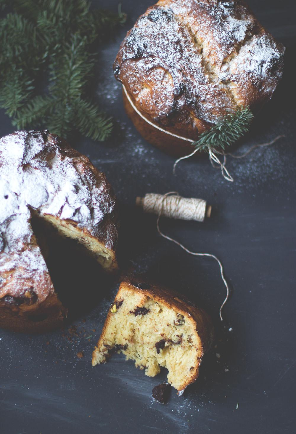 Rezept für Schokoladen-Pistazien-Panettone | weihnachtliches Hefegebäck | moeyskitchen.com #panettone #weihnachten #weihnachtsbäckerei #rezepte #foodblogger