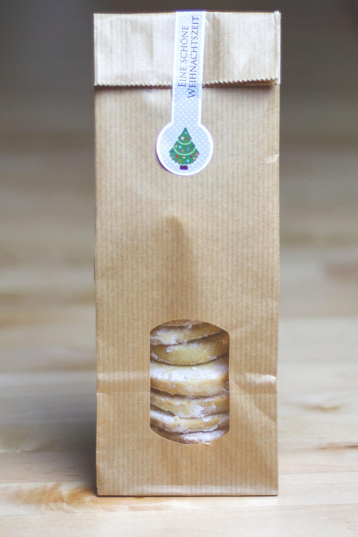 Rezept für Vanilla Meltaways - zartmürbe Vanillekekse | moeyskitchen.com #vanillameltaways #vanillekekse #vanilleplätzchen #weihnachtsplätzchen #weihnachtskekse #cookie #foodblogger #rezepte
