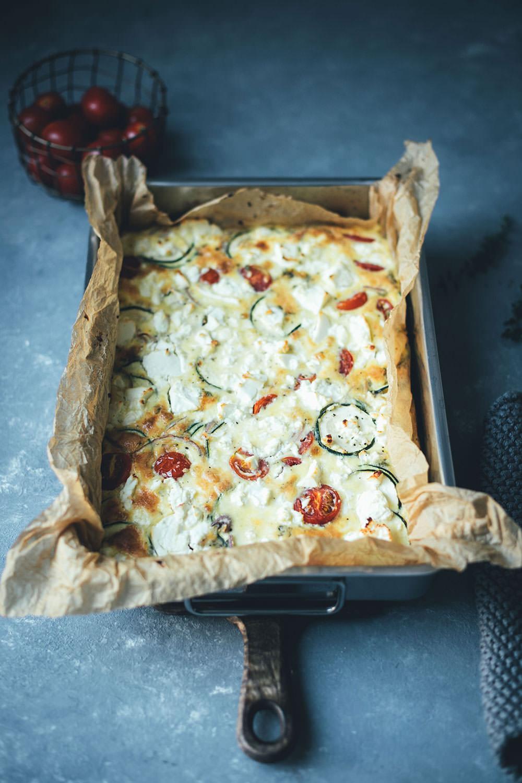 Sommer-Frittata mit Zucchini, Tomaten und Feta