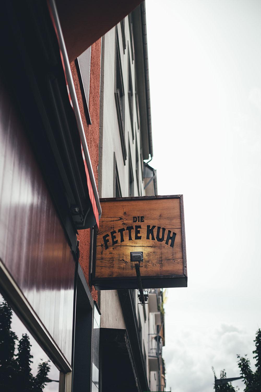 Die Fette Kuh Burgerladen in Köln | moeyskitchen.com #lieblingsladen #diefettekuh #koeln #suedstadt