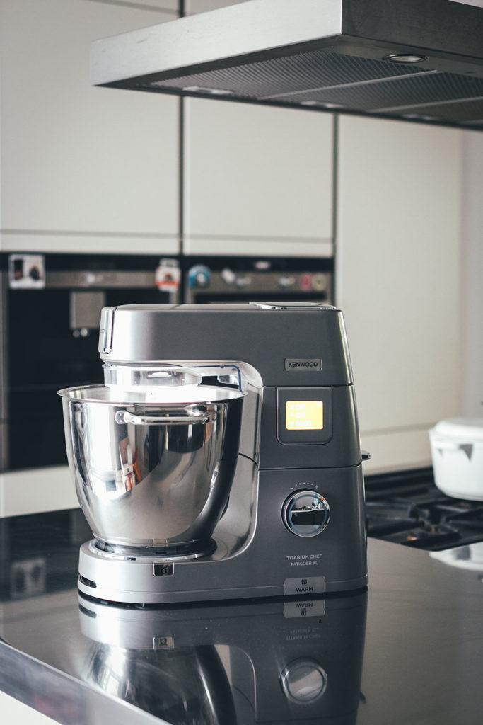 Die Kenwood Titanium Chef Patissier XL Küchenmaschine