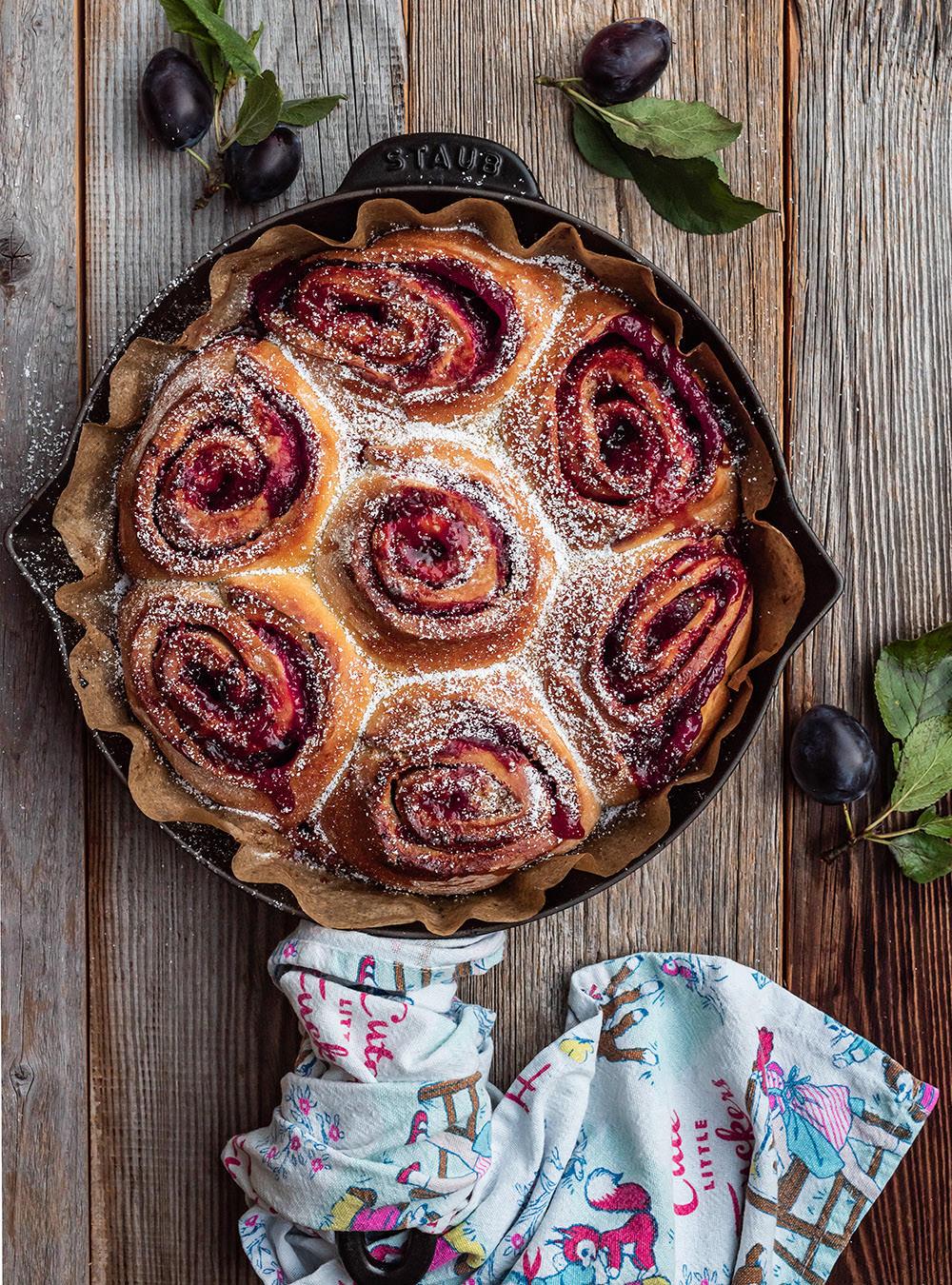 Rezept für Pflaumen-Zimtschnecken in der Pfanne gebacken von S-Küche